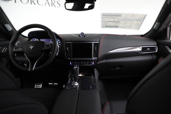 New 2021 Maserati Levante GTS for sale $138,385 at Pagani of Greenwich in Greenwich CT 06830 23