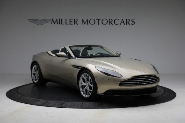 Used 2019 Aston Martin DB11 Volante for sale $209,900 at Pagani of Greenwich in Greenwich CT 06830 10