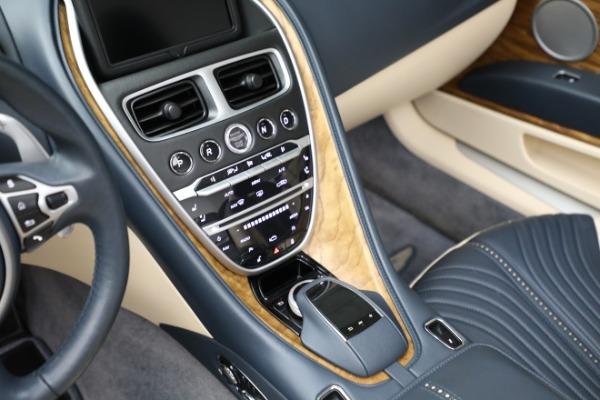 Used 2019 Aston Martin DB11 Volante for sale $209,900 at Pagani of Greenwich in Greenwich CT 06830 18