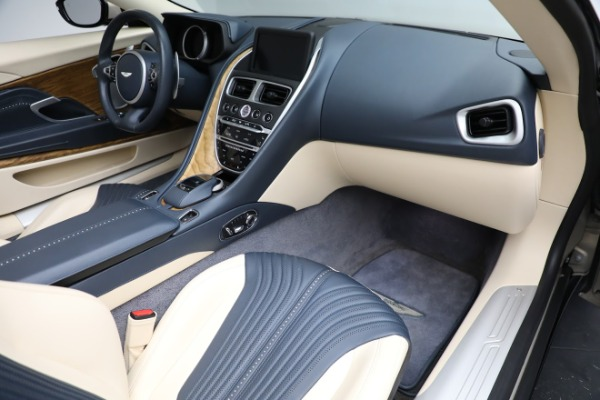 Used 2019 Aston Martin DB11 Volante for sale $209,900 at Pagani of Greenwich in Greenwich CT 06830 20