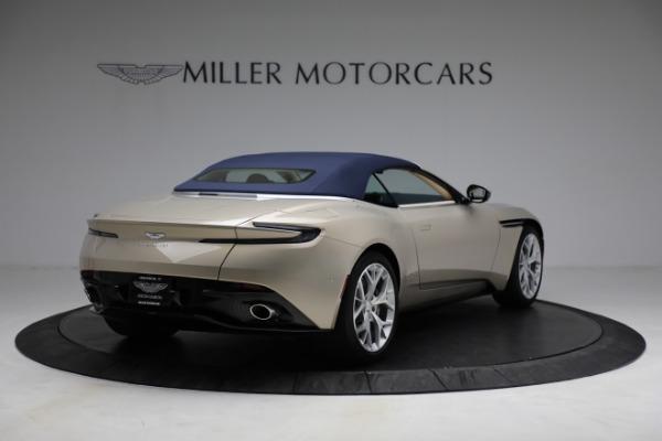 Used 2019 Aston Martin DB11 Volante for sale $209,900 at Pagani of Greenwich in Greenwich CT 06830 28