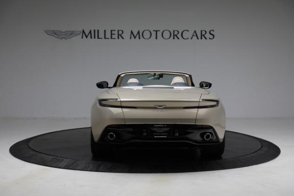 Used 2019 Aston Martin DB11 Volante for sale $209,900 at Pagani of Greenwich in Greenwich CT 06830 5