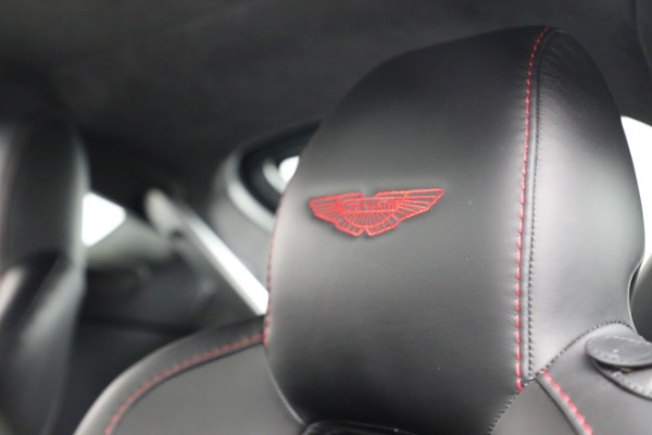 Used 2015 Aston Martin V12 Vantage S for sale $119,900 at Pagani of Greenwich in Greenwich CT 06830 19