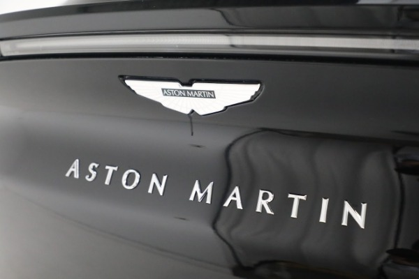 New 2021 Aston Martin DBX for sale $200,686 at Pagani of Greenwich in Greenwich CT 06830 24