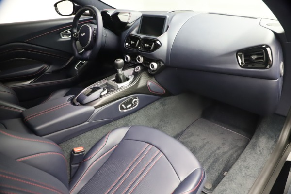 New 2021 Aston Martin Vantage for sale $189,686 at Pagani of Greenwich in Greenwich CT 06830 19