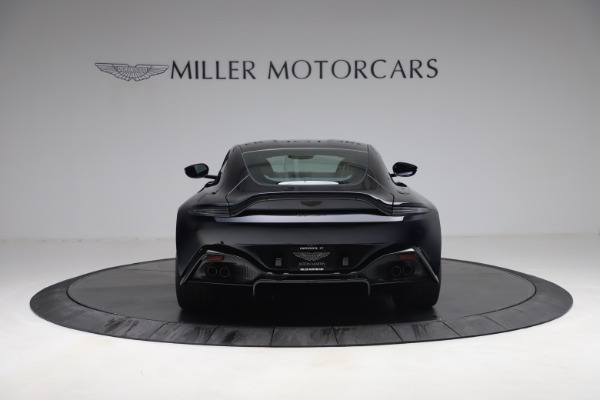 New 2021 Aston Martin Vantage for sale $189,686 at Pagani of Greenwich in Greenwich CT 06830 5