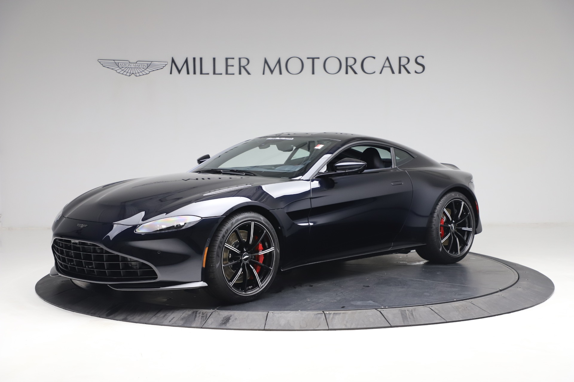 New 2021 Aston Martin Vantage for sale $189,686 at Pagani of Greenwich in Greenwich CT 06830 1