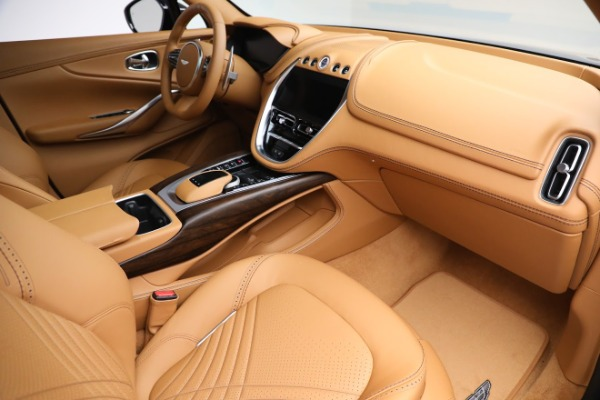 New 2021 Aston Martin DBX for sale $209,586 at Pagani of Greenwich in Greenwich CT 06830 19