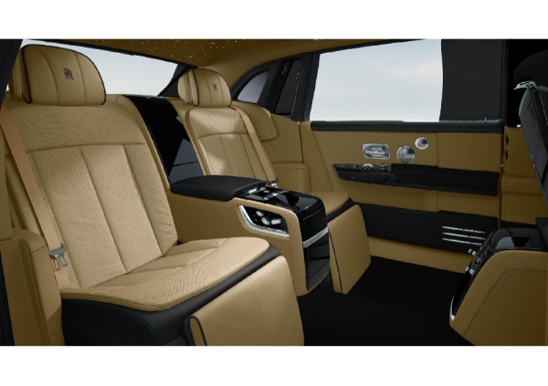 New 2022 Rolls-Royce Phantom EWB for sale Call for price at Pagani of Greenwich in Greenwich CT 06830 6