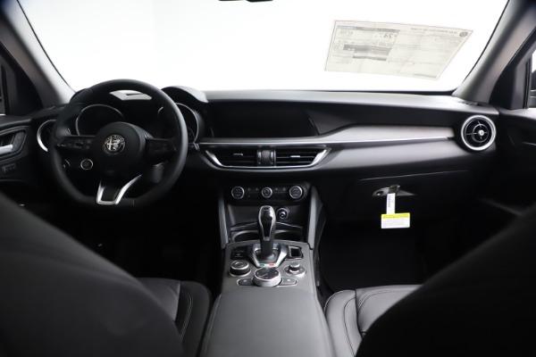 New 2021 Alfa Romeo Stelvio Ti for sale $51,955 at Pagani of Greenwich in Greenwich CT 06830 15