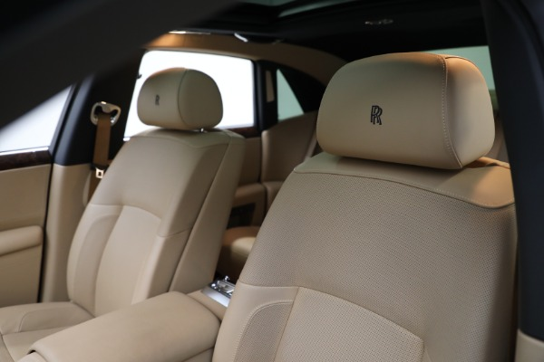 Used 2011 Rolls-Royce Ghost for sale Call for price at Pagani of Greenwich in Greenwich CT 06830 14