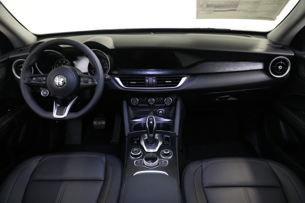 New 2021 Alfa Romeo Stelvio Q4 for sale Sold at Pagani of Greenwich in Greenwich CT 06830 16
