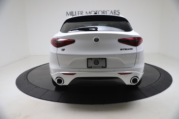 New 2021 Alfa Romeo Stelvio Ti Q4 for sale $53,740 at Pagani of Greenwich in Greenwich CT 06830 6
