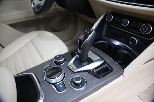 New 2021 Alfa Romeo Stelvio Ti Q4 for sale $54,755 at Pagani of Greenwich in Greenwich CT 06830 18
