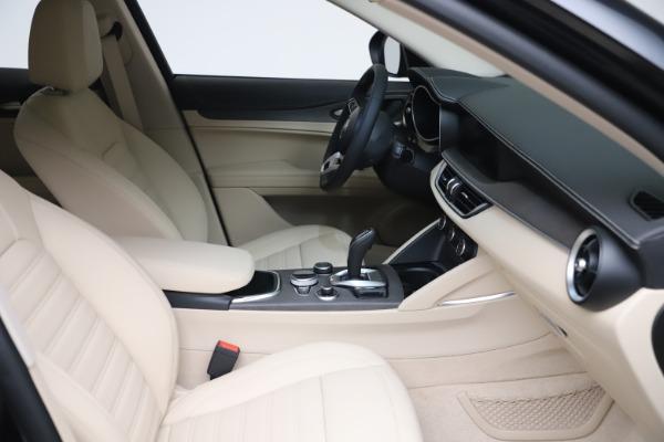 New 2021 Alfa Romeo Stelvio Ti Q4 for sale $54,755 at Pagani of Greenwich in Greenwich CT 06830 20