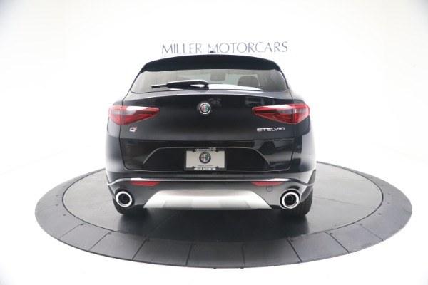New 2021 Alfa Romeo Stelvio Ti Q4 for sale $54,755 at Pagani of Greenwich in Greenwich CT 06830 6