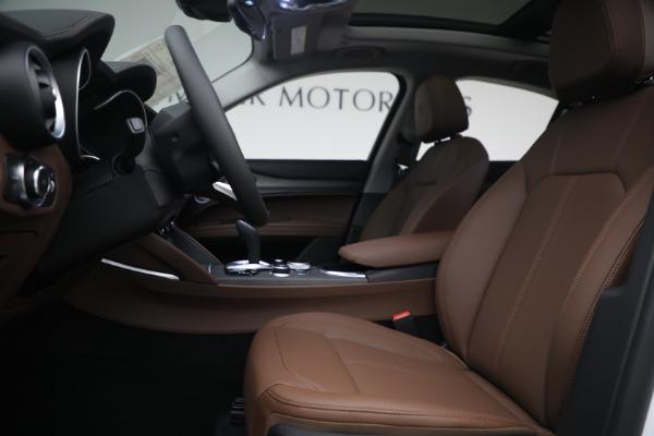 New 2021 Alfa Romeo Stelvio Ti Q4 for sale $54,840 at Pagani of Greenwich in Greenwich CT 06830 14