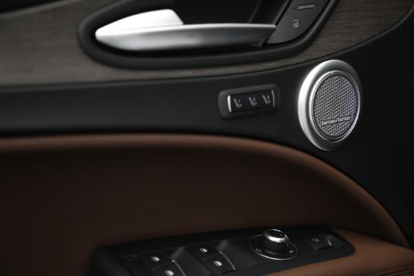 New 2021 Alfa Romeo Stelvio Ti Q4 for sale $54,840 at Pagani of Greenwich in Greenwich CT 06830 20