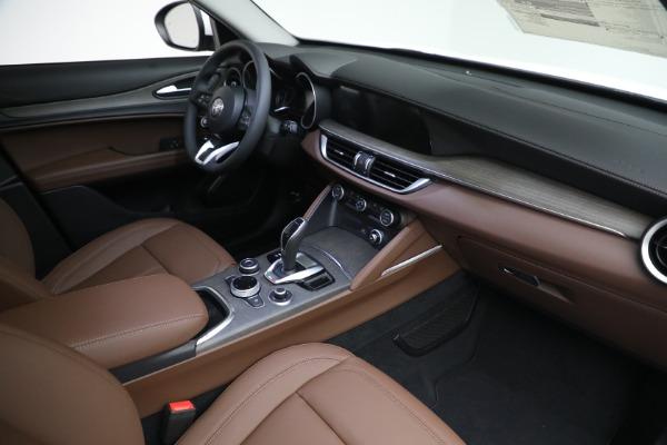 New 2021 Alfa Romeo Stelvio Ti Q4 for sale $54,840 at Pagani of Greenwich in Greenwich CT 06830 27