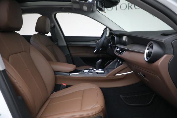 New 2021 Alfa Romeo Stelvio Ti Q4 for sale $54,840 at Pagani of Greenwich in Greenwich CT 06830 28