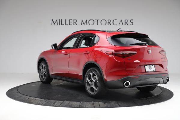 New 2021 Alfa Romeo Stelvio Q4 for sale $50,535 at Pagani of Greenwich in Greenwich CT 06830 6