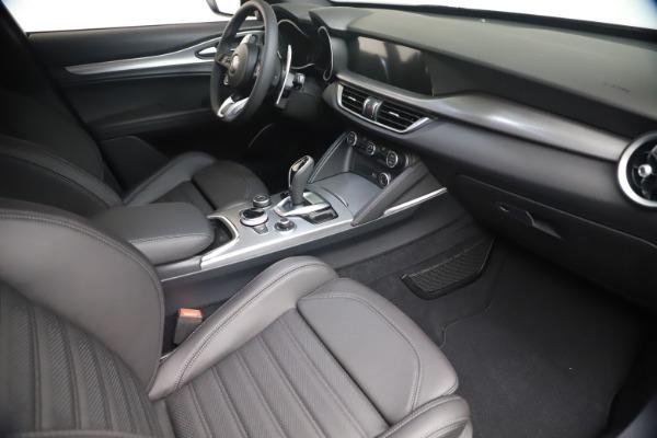 New 2021 Alfa Romeo Stelvio Ti Sport Q4 for sale $56,900 at Pagani of Greenwich in Greenwich CT 06830 18
