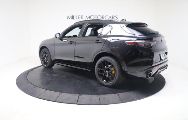New 2021 Alfa Romeo Stelvio Ti Sport Q4 for sale $56,900 at Pagani of Greenwich in Greenwich CT 06830 5