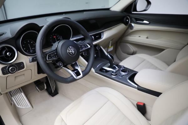 New 2021 Alfa Romeo Stelvio Ti Q4 for sale $55,205 at Pagani of Greenwich in Greenwich CT 06830 13
