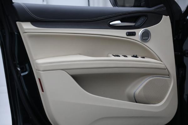 New 2021 Alfa Romeo Stelvio Ti Q4 for sale $55,205 at Pagani of Greenwich in Greenwich CT 06830 17