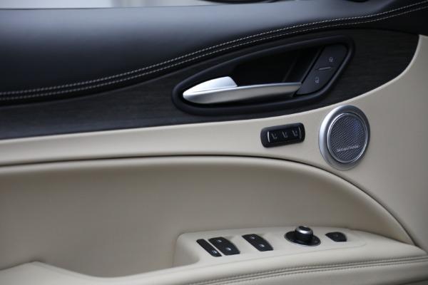 New 2021 Alfa Romeo Stelvio Ti Q4 for sale $57,400 at Pagani of Greenwich in Greenwich CT 06830 14