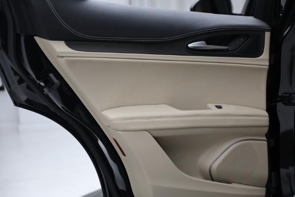 New 2021 Alfa Romeo Stelvio Ti Q4 for sale $57,400 at Pagani of Greenwich in Greenwich CT 06830 24