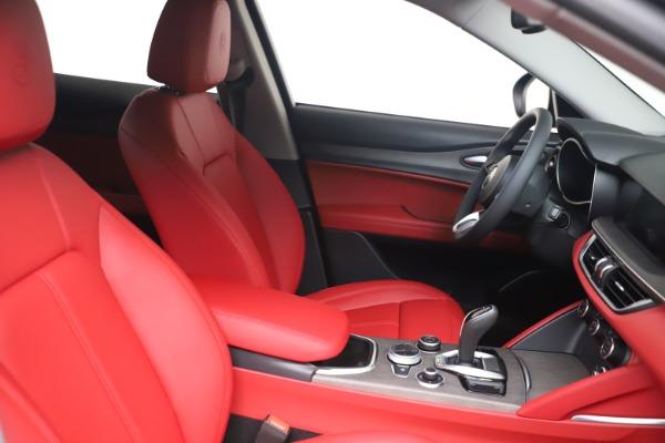 New 2021 Alfa Romeo Stelvio Ti Q4 for sale $54,400 at Pagani of Greenwich in Greenwich CT 06830 16