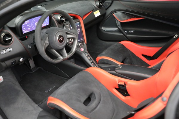 Used 2020 McLaren 720S Performance for sale $329,900 at Pagani of Greenwich in Greenwich CT 06830 17