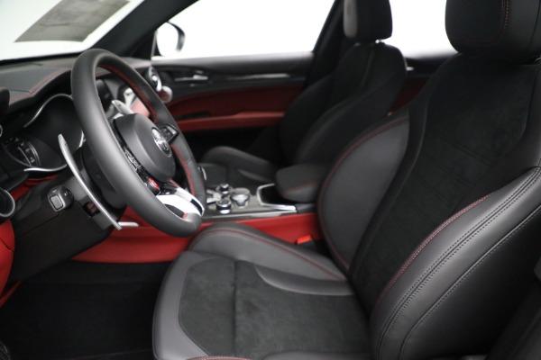 New 2021 Alfa Romeo Stelvio Quadrifoglio for sale $88,550 at Pagani of Greenwich in Greenwich CT 06830 14