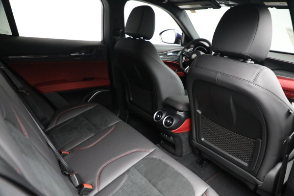 New 2021 Alfa Romeo Stelvio Quadrifoglio for sale $88,550 at Pagani of Greenwich in Greenwich CT 06830 24