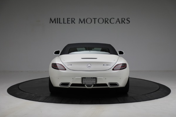 Used 2012 Mercedes-Benz SLS AMG for sale $159,900 at Pagani of Greenwich in Greenwich CT 06830 13