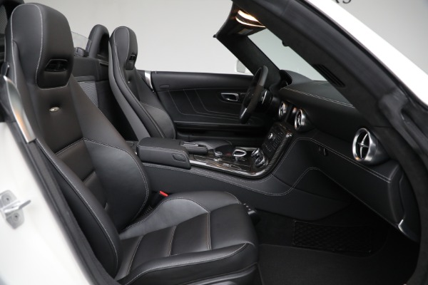 Used 2012 Mercedes-Benz SLS AMG for sale $159,900 at Pagani of Greenwich in Greenwich CT 06830 19