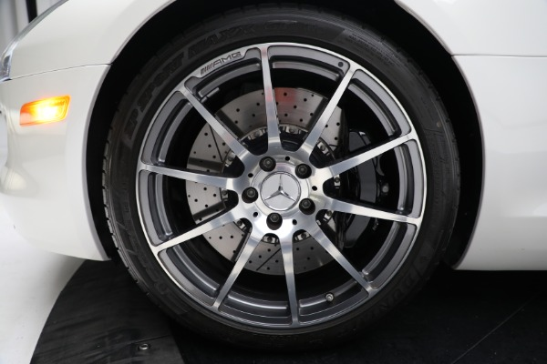 Used 2012 Mercedes-Benz SLS AMG for sale $159,900 at Pagani of Greenwich in Greenwich CT 06830 23