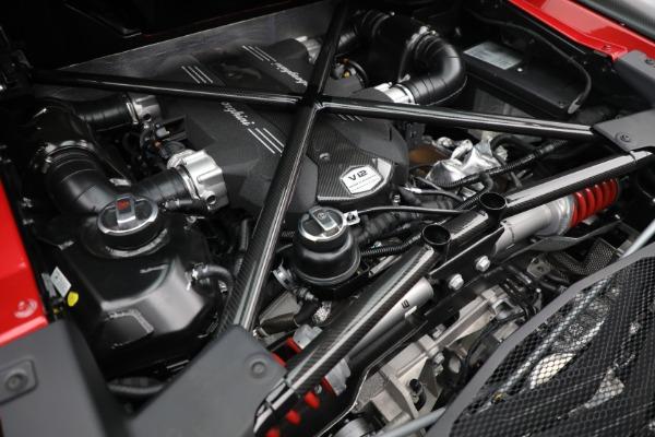 Used 2017 Lamborghini Aventador LP 750-4 SV for sale $599,900 at Pagani of Greenwich in Greenwich CT 06830 26