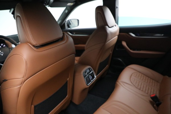 New 2021 Maserati Levante S GranSport for sale $112,899 at Pagani of Greenwich in Greenwich CT 06830 17