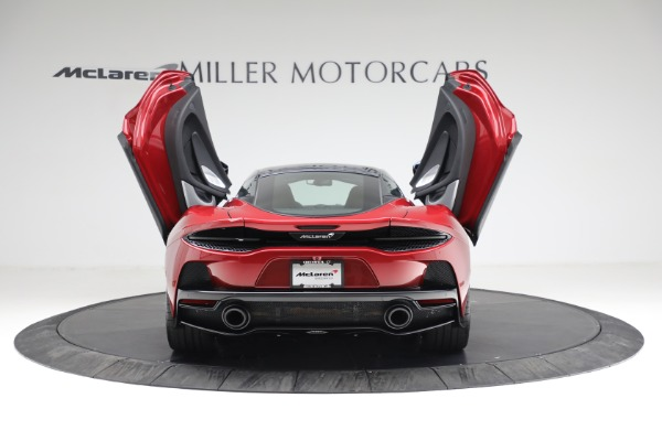 New 2021 McLaren GT for sale $217,275 at Pagani of Greenwich in Greenwich CT 06830 16