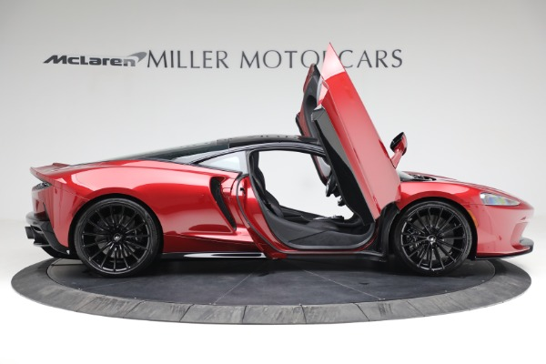 New 2021 McLaren GT for sale $217,275 at Pagani of Greenwich in Greenwich CT 06830 18