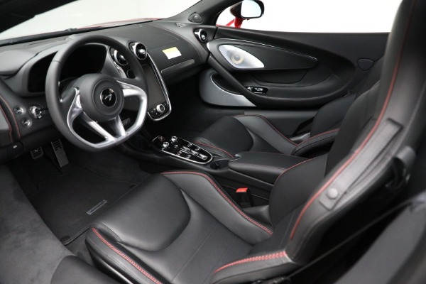 New 2021 McLaren GT for sale $217,275 at Pagani of Greenwich in Greenwich CT 06830 22