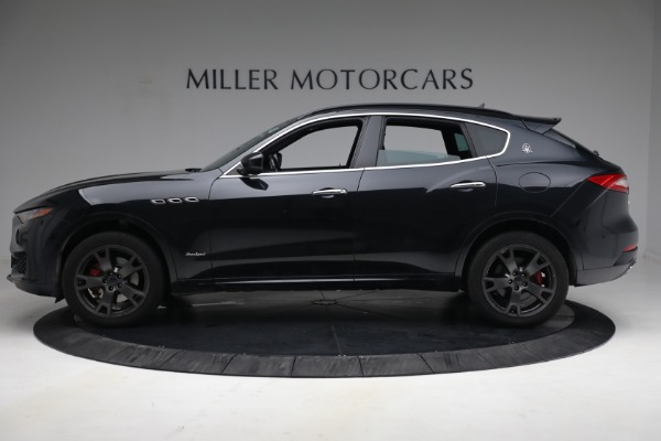 Used 2018 Maserati Levante GranSport for sale Call for price at Pagani of Greenwich in Greenwich CT 06830 3