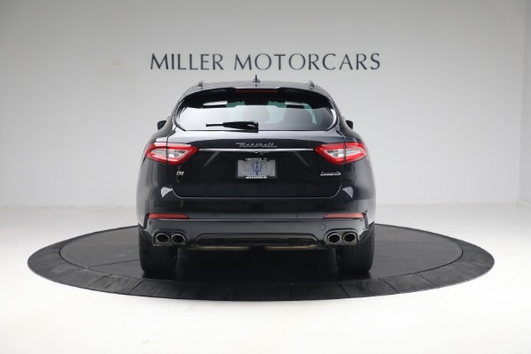 Used 2018 Maserati Levante GranSport for sale Call for price at Pagani of Greenwich in Greenwich CT 06830 5
