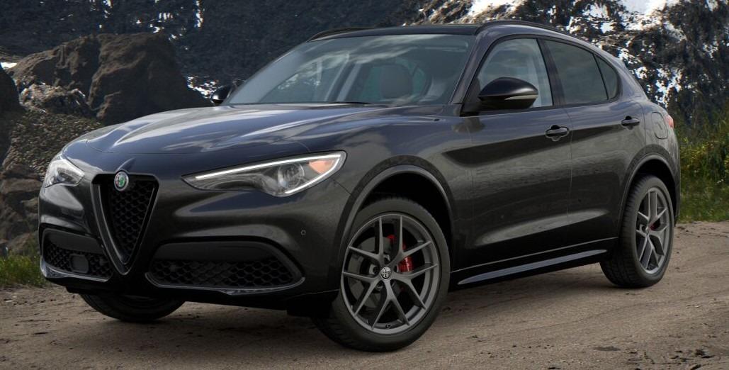 New 2021 Alfa Romeo Stelvio Ti for sale $52,705 at Pagani of Greenwich in Greenwich CT 06830 1