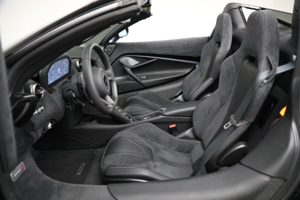 Used 2020 McLaren 720S Spider for sale $334,900 at Pagani of Greenwich in Greenwich CT 06830 25