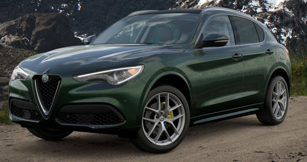 New 2021 Alfa Romeo Stelvio Ti for sale $57,750 at Pagani of Greenwich in Greenwich CT 06830 1
