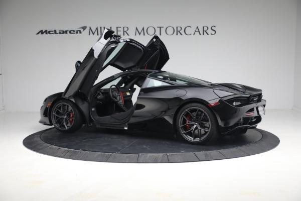 New 2021 McLaren 720S Performance for sale $344,500 at Pagani of Greenwich in Greenwich CT 06830 19