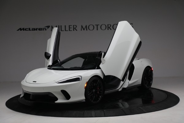 New 2021 McLaren GT Luxe for sale $217,205 at Pagani of Greenwich in Greenwich CT 06830 14
